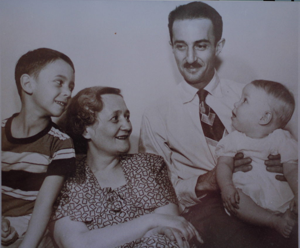 Magdus, Miki, George and Judy, Denver, 1952