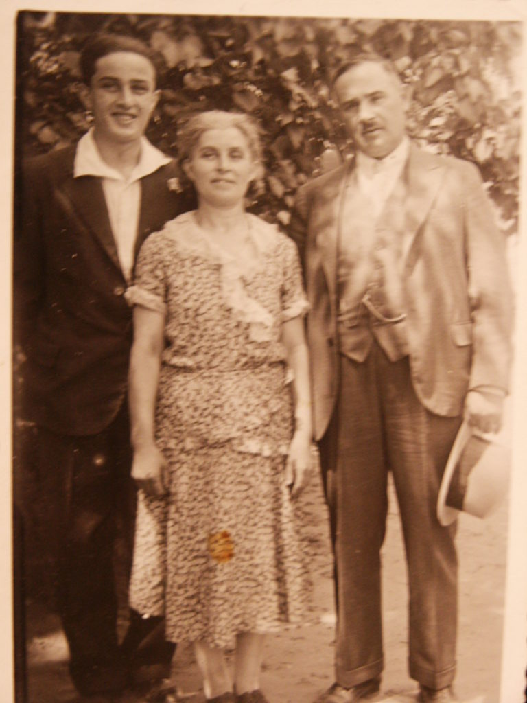 Sanyi with his mother, Ella, and uncle, Mano Kramer